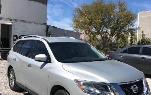 Nissan Pathfinder Sense 2015