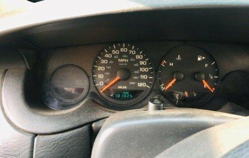 En venta carro Dodge Neon 2002 en excelente estado