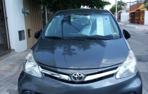 Toyota Avanza impecable en Mérida