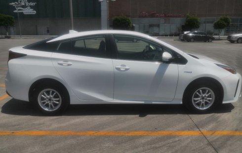 Vendo un carro Toyota Prius 2020 excelente, llámama para verlo