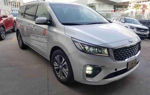 Se vende un Kia Sedona 2019 por cuestiones económicas