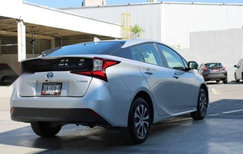 En venta carro Toyota Prius 2020 en excelente estado