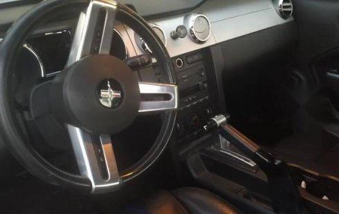 Quiero vender un Ford Mustang en buena condicción