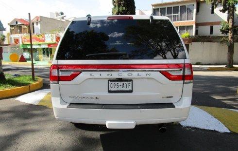 Quiero vender cuanto antes posible un Lincoln Navigator 2015