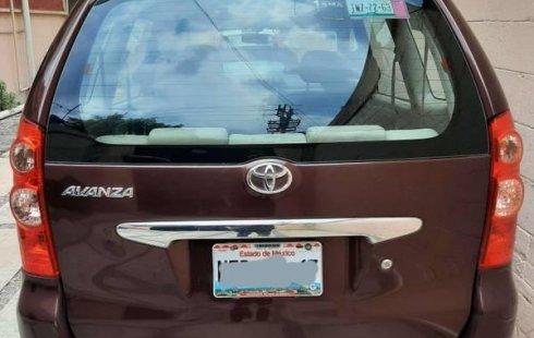 Un excelente Toyota Avanza 2010 está en la venta