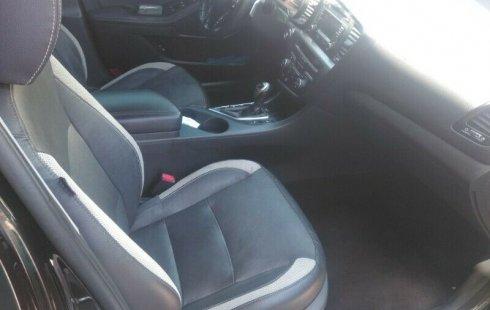 Quiero vender inmediatamente mi auto Kia Optima 2012