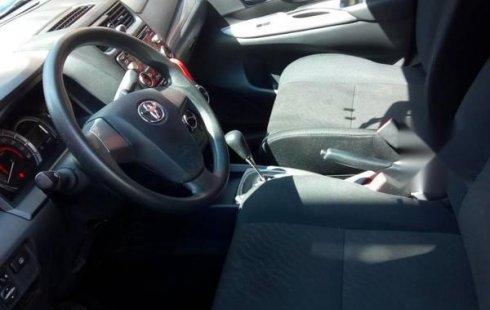 Pongo a la venta cuanto antes posible un Toyota Avanza en excelente condicción
