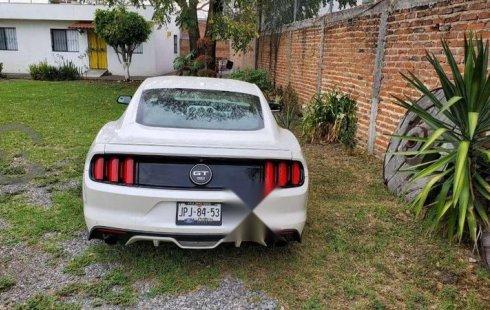 En venta un Ford Mustang 2017 Automático muy bien cuidado
