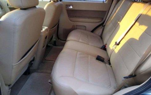 Quiero vender urgentemente mi auto Ford Escape 2012 muy bien estado