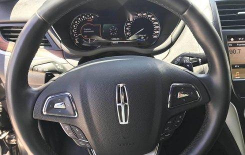 Pongo a la venta cuanto antes posible un Lincoln MKC en excelente condicción
