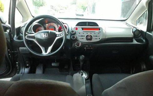 Carro Honda Fit 2013 en buen estadode único propietario en excelente estado