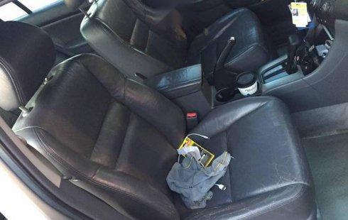Urge!! Un excelente Honda Accord 2005 Automático vendido a un precio increíblemente barato en Santa Catarina
