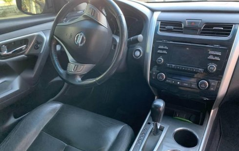 Tengo que vender mi querido Nissan Altima 2013