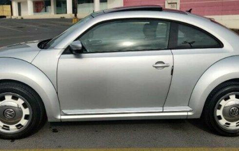 Volkswagen Beetle 2012 impecable