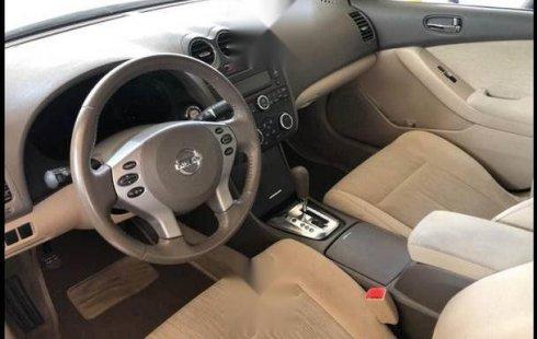 Nissan Altima 2012 automático 4 cilindros