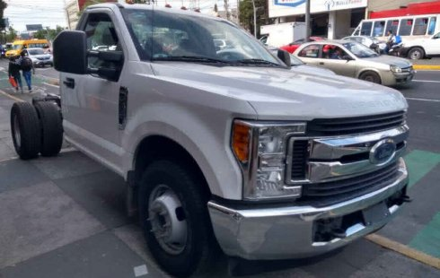 Ford F-350 2p Chasis XL Plus V8/6.2 Aut A/A