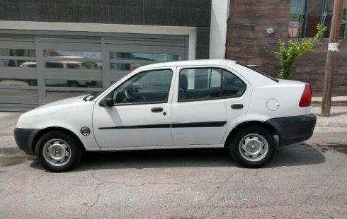Bonito Ford Fiesta estándar 4 cil 1.3 clima
