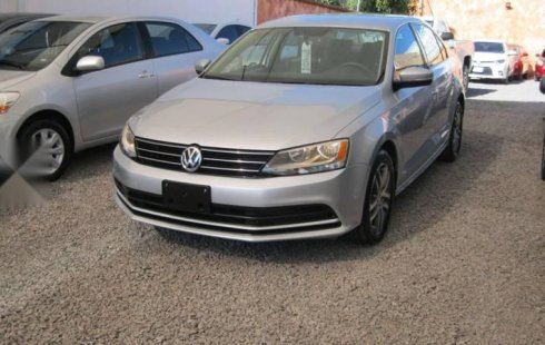 Volkswagen Jetta Enganche 15% Unico Dueño IVA Total Automatico
