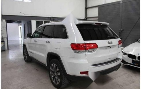 Jeep Grand Cherokee 2018 5p Limited 4x2 V6/3.6 Aut