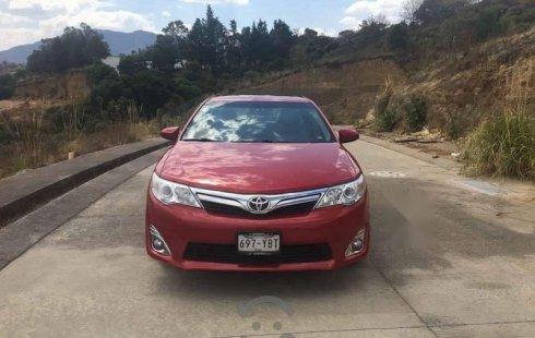 Toyota Camry 4p XLE aut L4 a/a ee q/c piel 2012