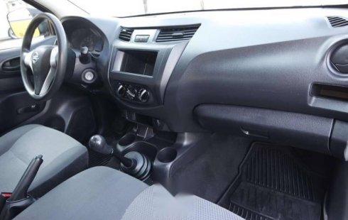 2018 Nissan NP300 Pick Up 4 Cilindros Como Nueva