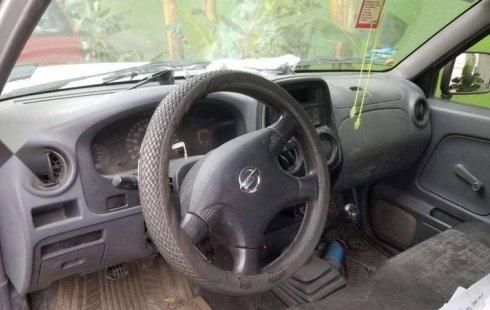 Vendo Nissan np300 chasis