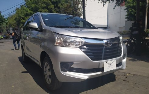 Toyota Avanza Std