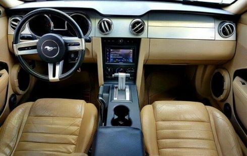 ¡¡¡Imponente Mustang GT V8 2006 Conservado, Automatico, Piel, Rines 20´s, Pantalla, Ampli, Woofer!!!