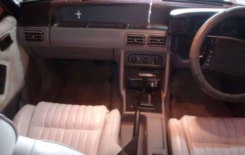Venta Ford Mustang 93 buenas condiciones