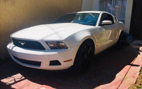 Mustang estandart piel impecable