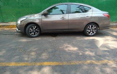 Hermoso Nissan Versa Exclusive Navi 2015!
