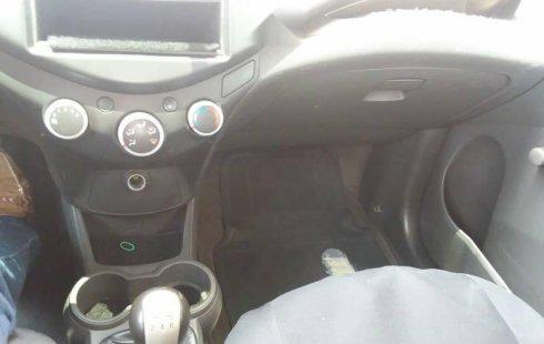 Chevrolet Spark dos dueños excelente