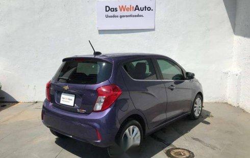 Chevrolet Spark 2017 violeta