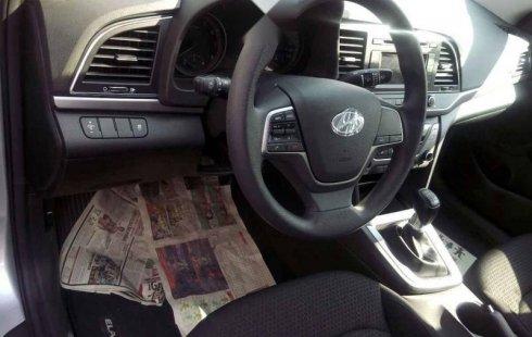 Hyundai Elantra 2018 4p GLS L4/2.0 Man