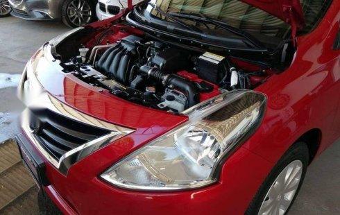 Nissan Versa Sense 2015 Rojo