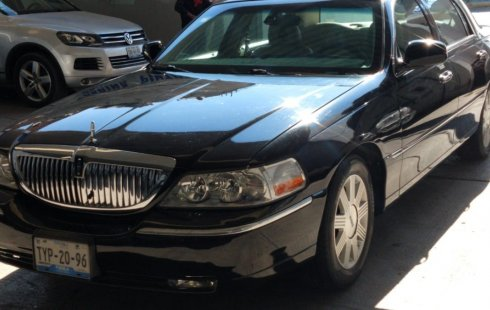 Lincoln Town Car Cartier Piel At