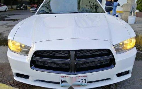 dodge charger 2013 V8