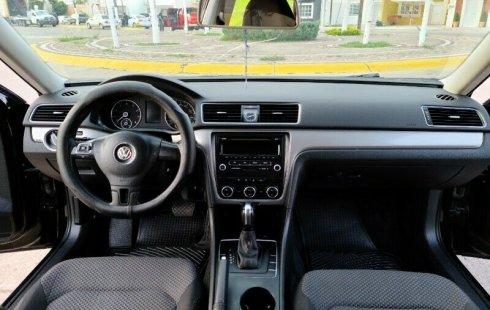 ELEGANTE VW PASSAT SE
