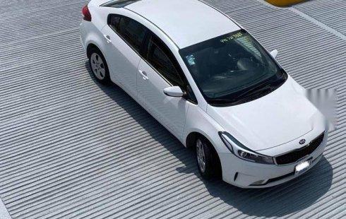 Kia Forte 2018 sedan LX MT 2.0 blanco