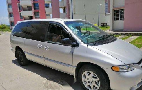 Bonita Dodge grand caravan sport 2000