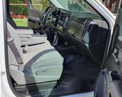 Reestrene camioneta Chevrolet Silverado