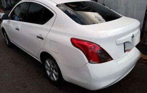 Taxi Nissan Versa excelentes condiciones