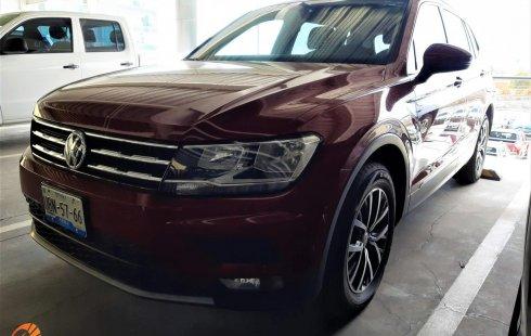 Volkswagen Tiguan Confortline Rojo