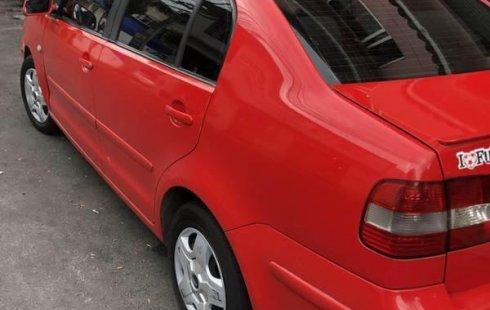 Volkswagen Polo modelo 2005 Estándar
