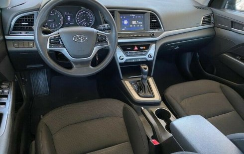 Hyundai Elantra Premium 2018