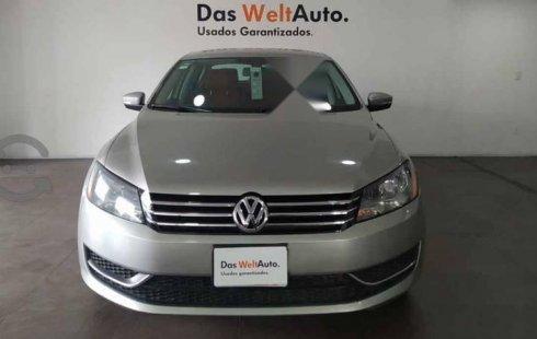 Volkswagen Passat 2014 4p Confortline L5/2.5 Au