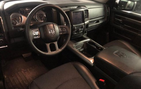 Dodge Ram 2500 Pick Up