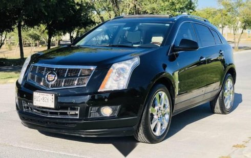IMPECABLE Cadillac SRX 2011
