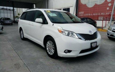 Toyota Sienna 2014 3.5 Xle Tela At