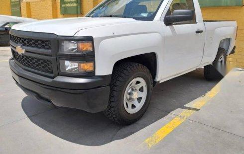 Chevrolet Silverado 6 cilindros